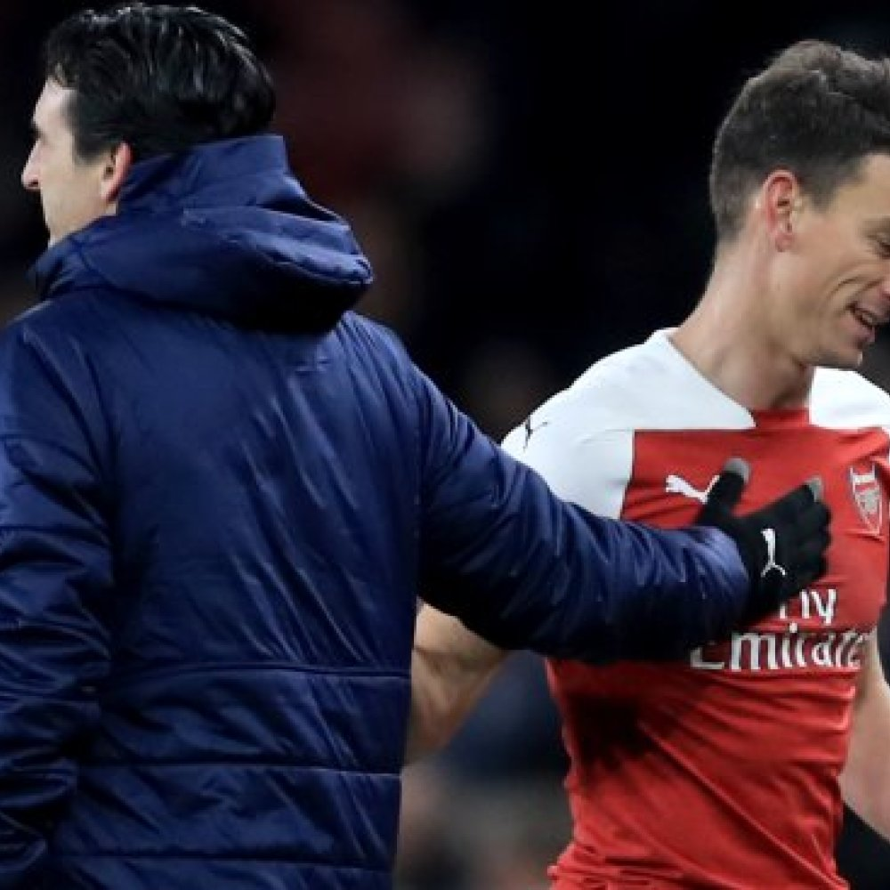 Lucrative Koscielny offer leaves Emery with a headache