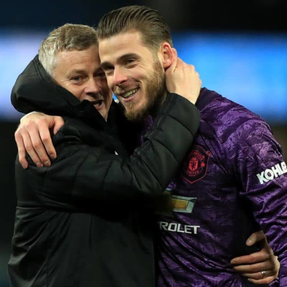 Solskjaer demands Man Utd privacy; claims shock trio chomping at bit to play