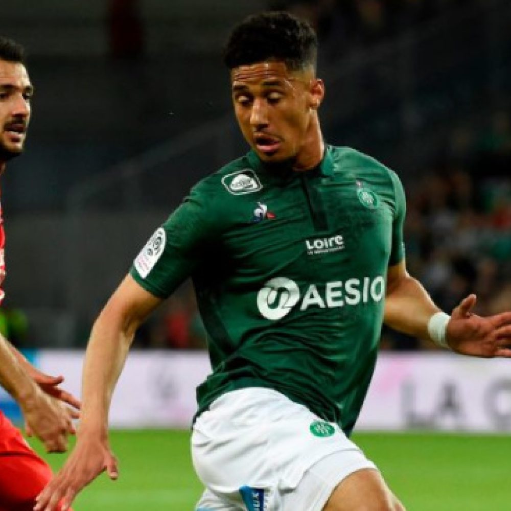 Last thing Arsenal need is a winger; Man Utd should sign St. Etienne kid