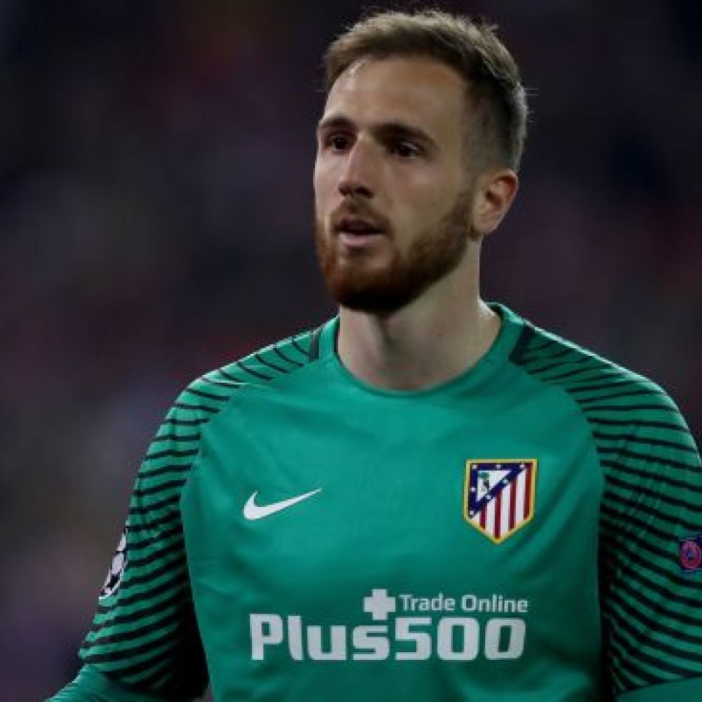 Liverpool boosted by comments from goalkeeping target with €100m clause