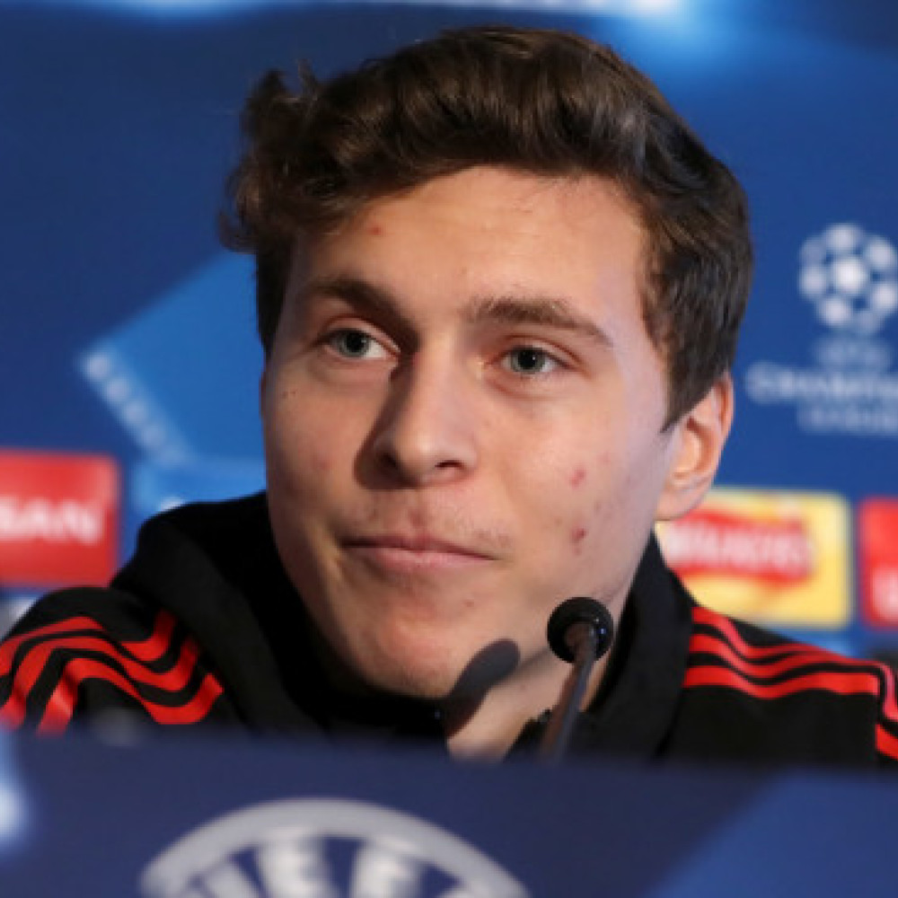Lindelof bid rejected as agent puts defender's future in Man Utd's hands